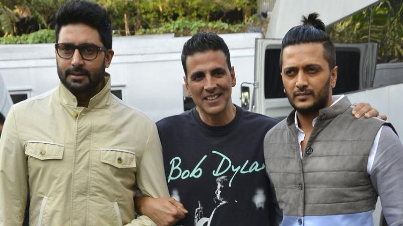 Akshay Kumar, Abhishek Bachchan and Riteish Deshmukh have kicked off their Housefull 3 film promotions, and what better way than on the Kapil Sharma Show. Photo: Viral Bhayani