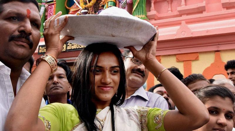 Olympic Silver Medalist P V Sindhu visits Akkanna Maddanna Mahankali temple in old city of Hyderabad. (Photo: PTI)
