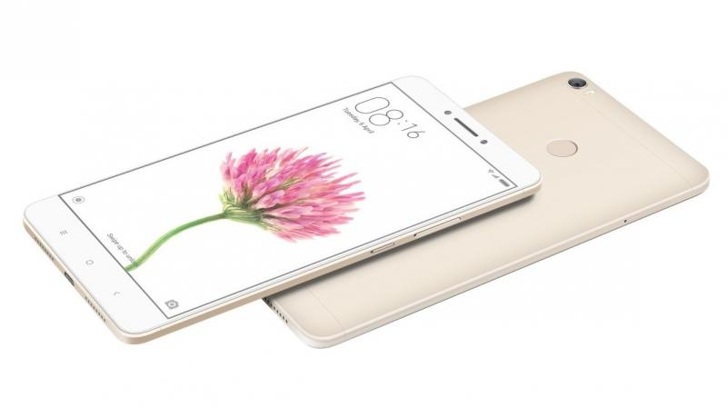 Xiaomi's Mi Max features an exceptionally large 6.44-inch display which is great for watching videos and surfing the web. However, you need to experience it for a few days to adapt to it and be comfortable.