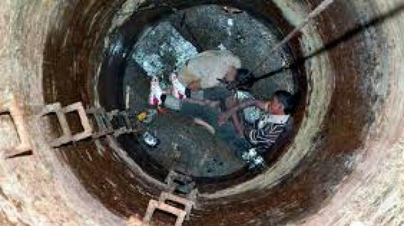 Manual Scavenging 4 Dead In Bengaluru