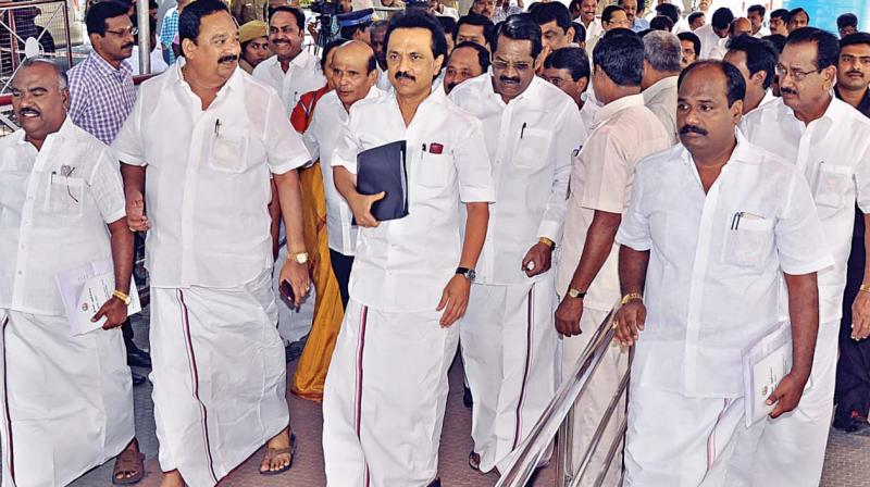 MK Stalin for talks to resolve Palar issue
