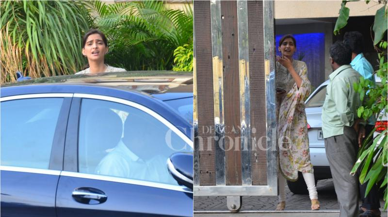 On Thursday, ever so lovely and cheerful Sonam Kapoor was just not in mood for the shutterbugs. (Photo: Viral Bhayani)