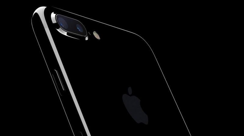Iphone 7 Survives More Than 7 Hours Underwater
