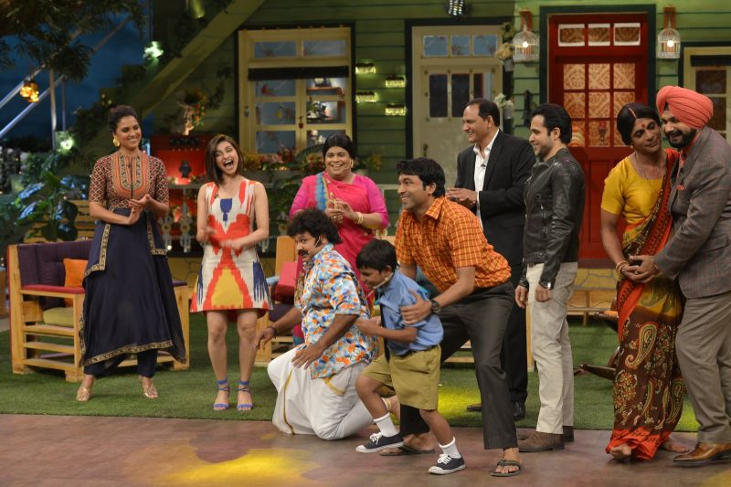 Emraan Hashmi, Prachi Desai and Lara promote Azhar in The Kapil