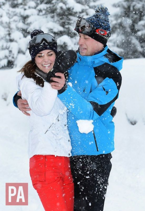 Prince Williams and Kate Middleton spend quality time while holidaying at the Alps. (Photo: Twitter)